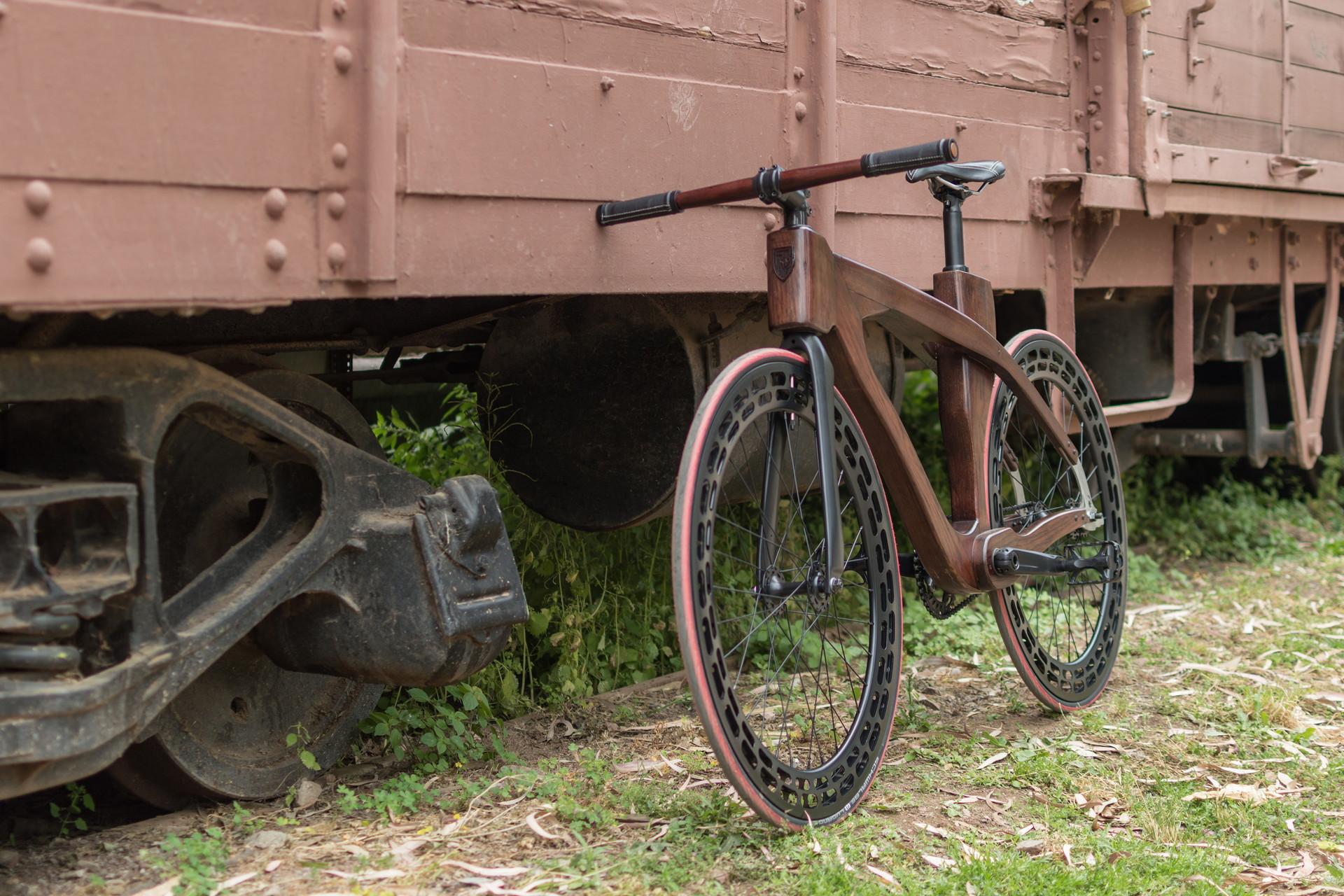 FRB Custom Bike 02 Αλεός